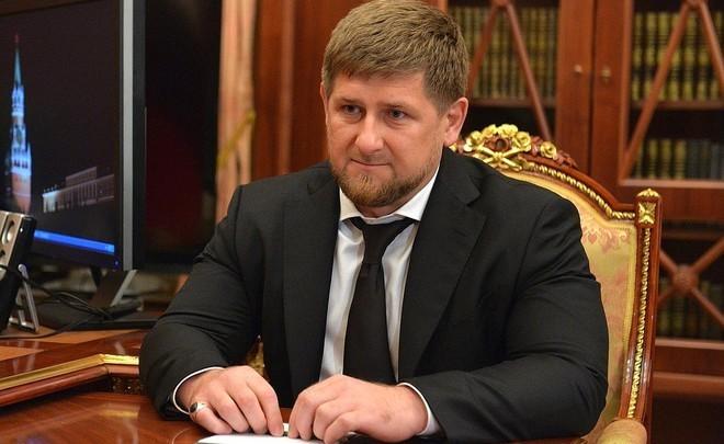 Путин ответил наслова Кадырова оготовности воспротивиться позицииРФ