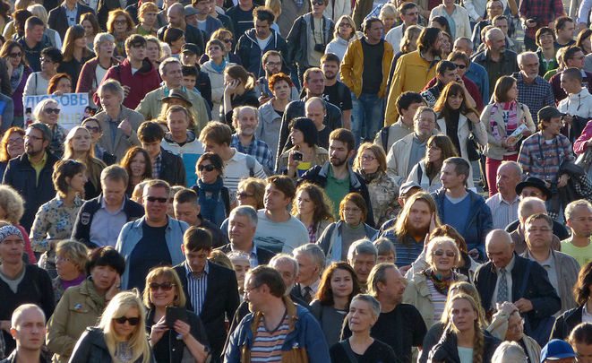 «Неполитическими» референдумами хотят власти поднять явку навыборах