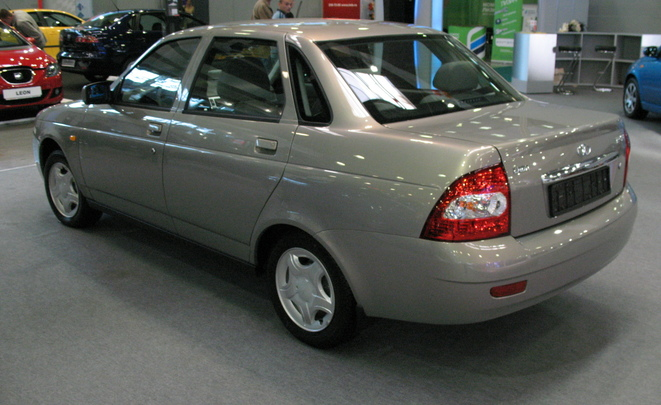 Автомобильный рынок России стал четырнадцатым в мире опустившись на два пункта