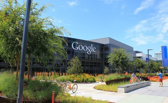 Google отзывает служащих изкомандировок после указа овъезде вСША