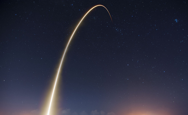 SpaceX готова вывести наорбиту тысячи «Интернет-спутников»