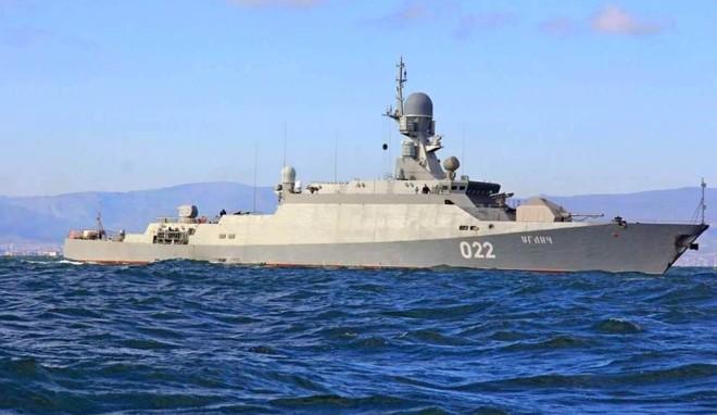 МинобороныРФ иЗеленодольский судостроительный завод подписали договор на27 млрд. руб.