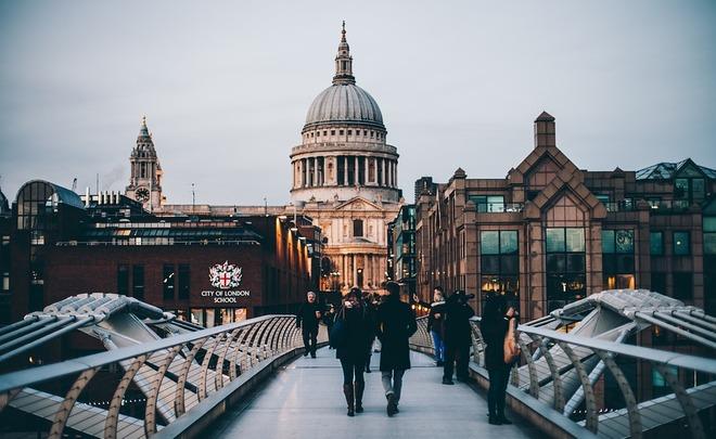 Лондон может отложить Brexit до 2019 года
