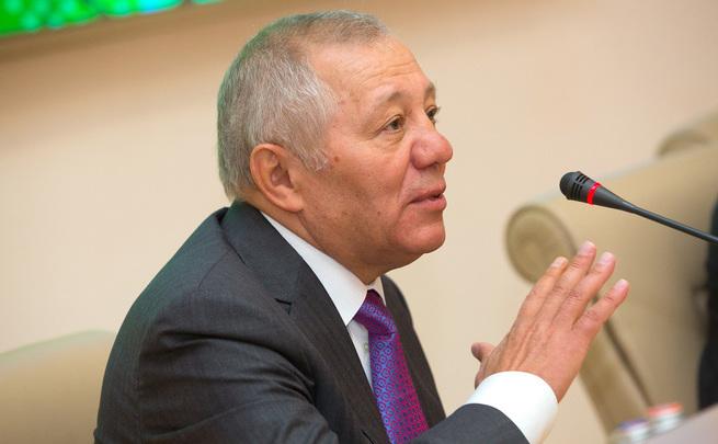 «Татнефть» планировала участвовать вприватизации «Башнефти» вместе сТАИФ