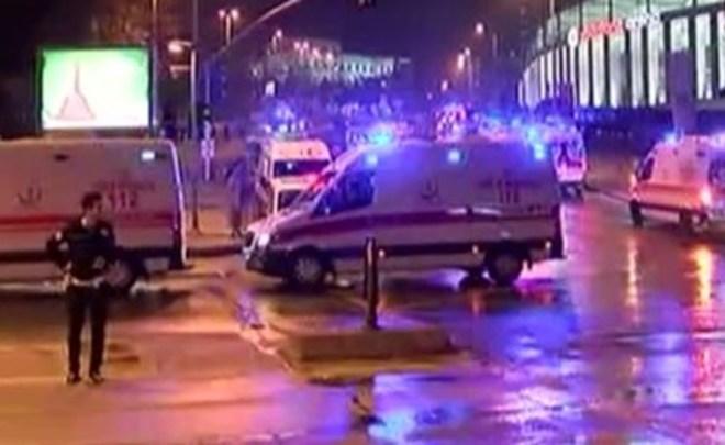 Количество раненых вдвойном теракте вСтамбуле возросло до 70