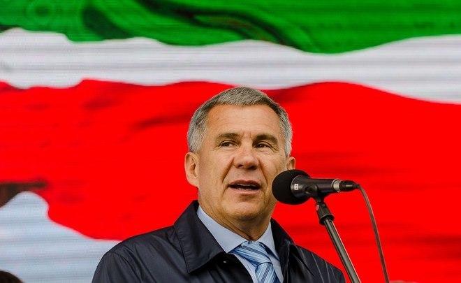 Рустам Минниханов попросил прокуратуру «нетерроризировать» школы проверками поповоду татарского языка