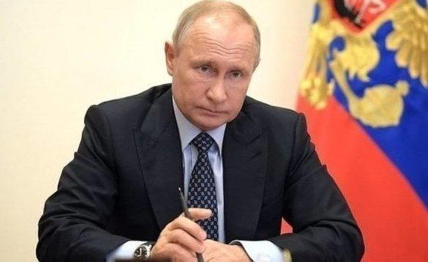 Путин подписал закон о запрете уравнивания роли СССР и Германии во Второй мировой войне