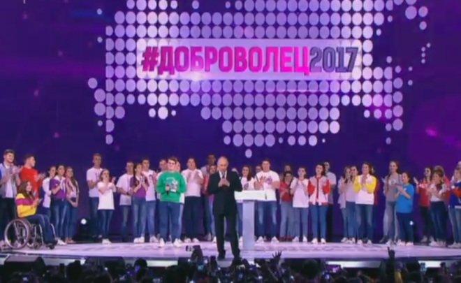 Путин пообещал совсем скоро решить, пойдетли онна выборы президента