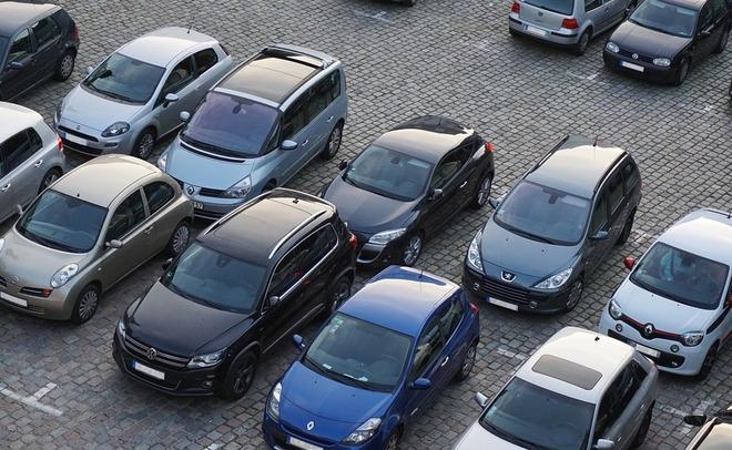 АЕБ: продажи авто вРФ упадут вследующем году на10,3%