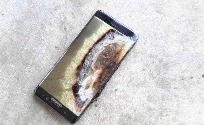 Мобильные телефоны Galaxy Note 7 изновых партий разряжаются даже впроцессе зарядки
