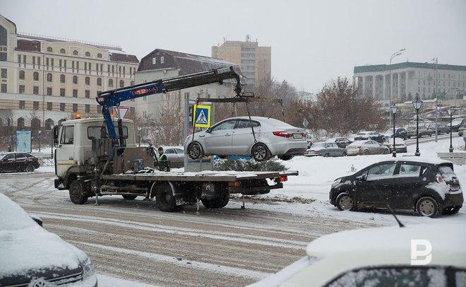 Верховный суд отменил принятый вУдмуртии закон озапрете парковки нагазонах