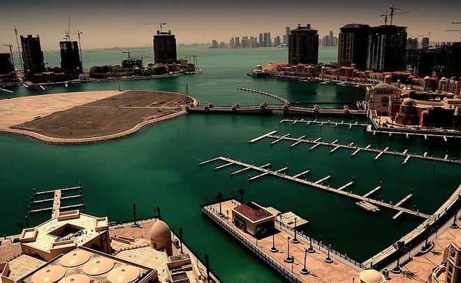 Катар еженедельно тратит USD 500 млн наподготовку кЧМ
