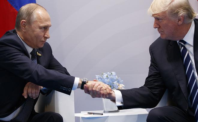 NYT поведала о40-минутном споре В. Путина иТрампа о«вмешательстве» Российской Федерации