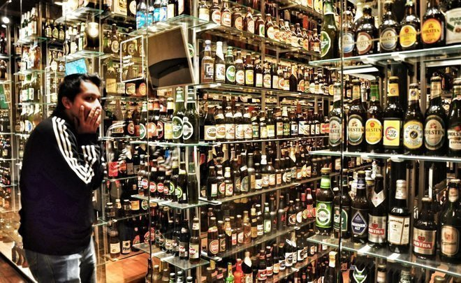 Жители России стали менее пить: потребление алкоголя за10 лет снизилось практически вдвое