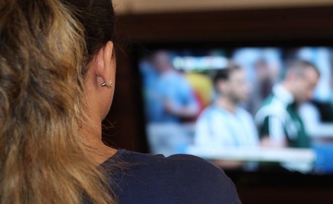 Основным  источником новостей жители России  назвали телевидение