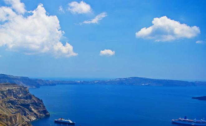 ВГреции законтрабанду сигарет задержали украинское судно, спасенное русским кораблем
