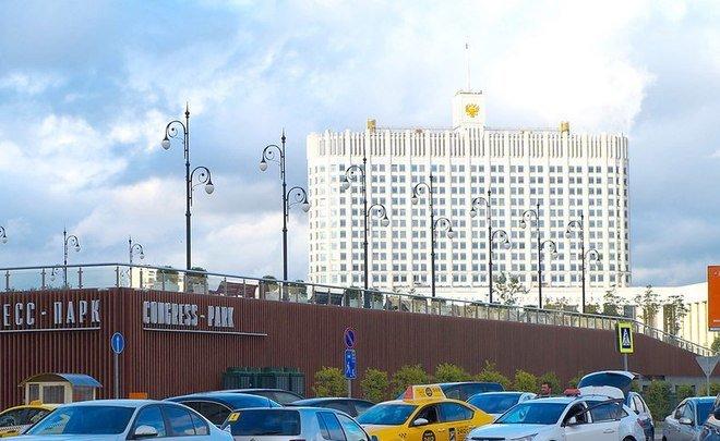 В Российской Федерации назаконодательном уровне запретили жечь траву икостры около дорог