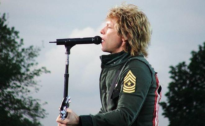 Bon Jovi и Dire Straits включат в Зал славы рок-н-ролла