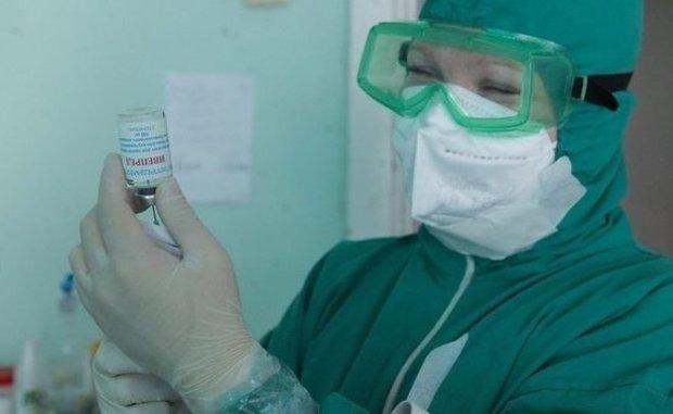 На Украине зарегистрировали вакцину AstraZeneca индийского производства