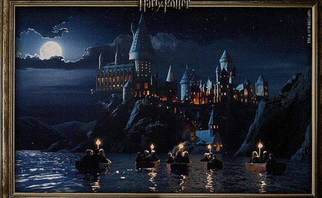 Книгу «Гарри Поттер ифилософский камень» перевели нататарский язык
