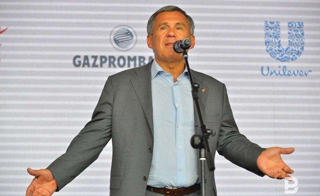 Лидер Татарстана призвал поддержать навыборах В. Путина
