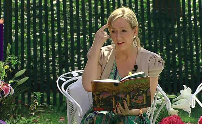 Джоан Роулинг признана самой высокооплачиваемой писательницей вмире