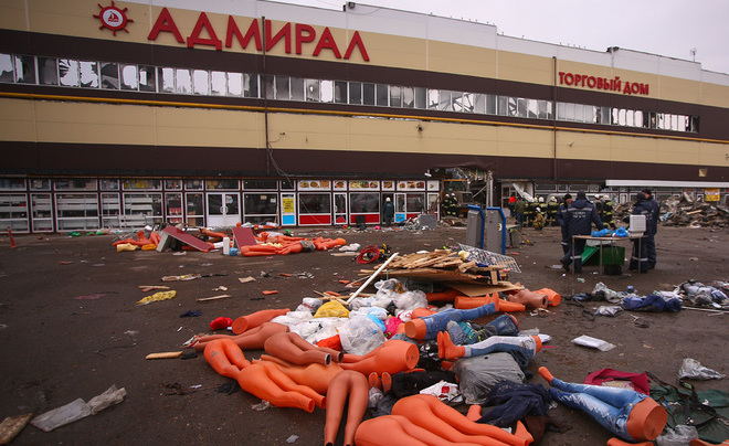 Следствие опожаре вТЦ «Адмирал» вКазани продлили наполгода