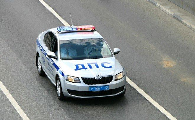 Шофёр БМВ вКазани протаранил машину ДПС, умер полицейский