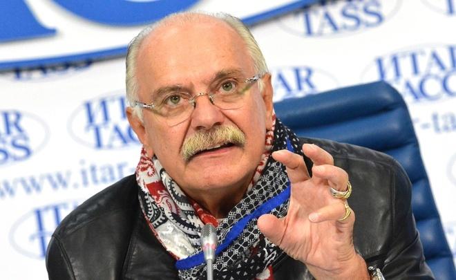 «Нельзя именем Ельцина разрушать историческую правду»— Никита Михалков
