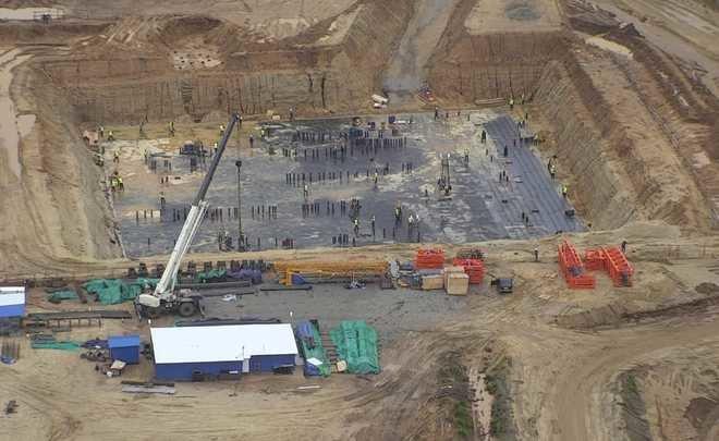 Рогозин опубликовал фото строительства второй очереди «Восточного» с татарстанской техникой