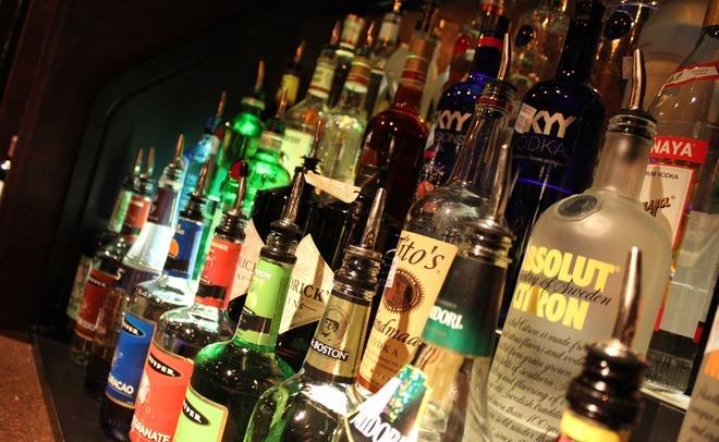 МинздравРФ: специалисты обсуждают разные инициативы поограничению злоупотребления спиртом