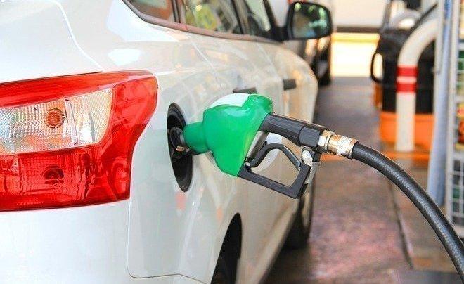 Реальная рыночная стоимость бензина Аи-92 составляет более 50 рублей за литр — эксперты