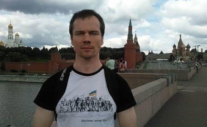 Ильдара Дадина задержали наКрасной площади зачтение Конституции