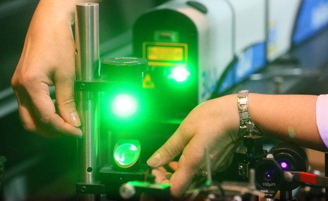 В Российской Федерации благополучно проведен эксперимент побеспроводной передаче энергии нарасстояние