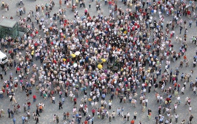 Неменее 80% граждан России неготовы участвовать впротестах