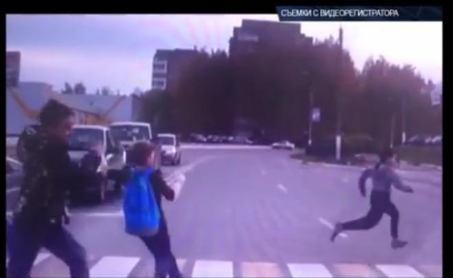 ВНижнекамске Лада  Granta на«зебре» сбила 3-х  школьников