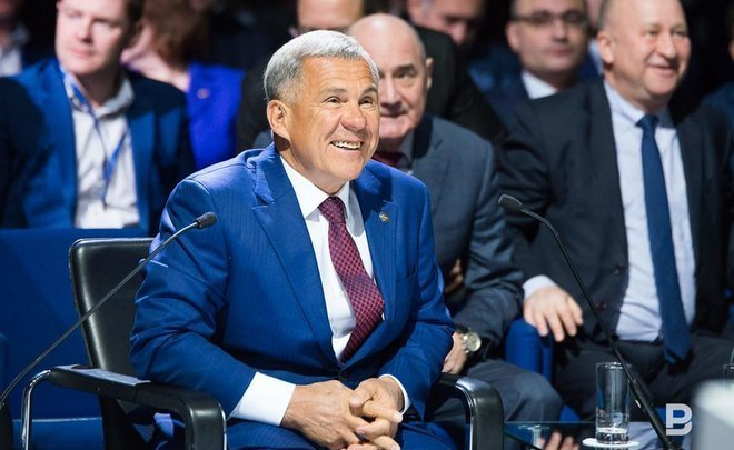 Рустам Минниханов возложит венок кВечному огню вПарке Победы