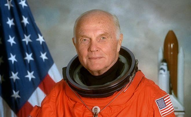 Скончался 1-ый астронавт Джон Гленн