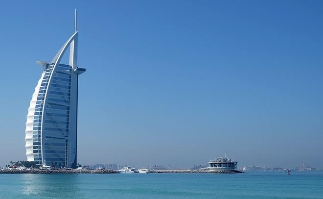 ОАЭ предупредили туристов обусложнении визовых правил