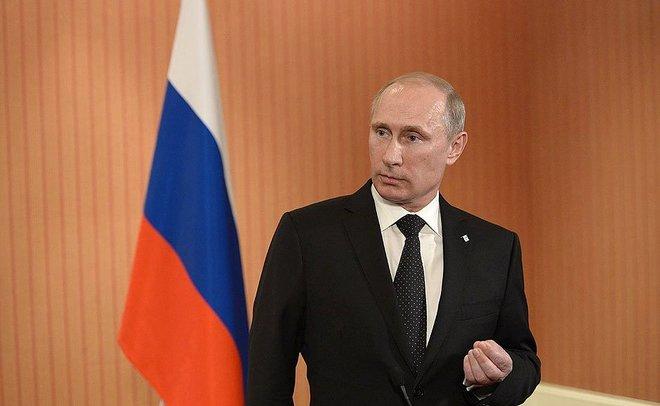 Путин выступил стелеобращением квыборам