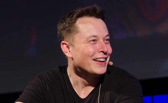 Илон Маск представил проект высокоскоростного подземного электробуса