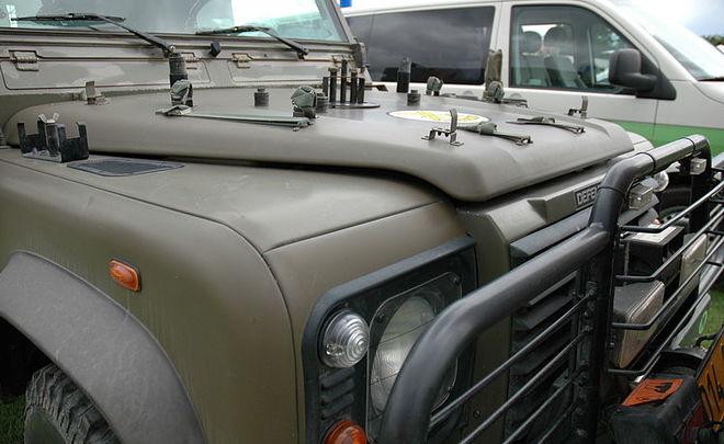 Land Rover планирует выпустить Defender для молодежной аудитории в 2019 году