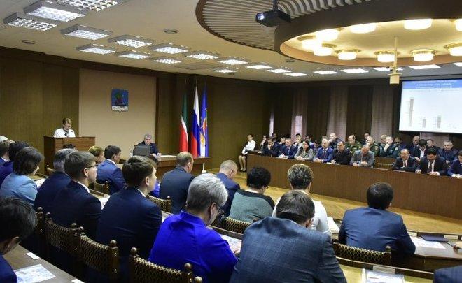 Всамом начале года вбюджет Челнов поступило неменее 6,7 млрд. руб.