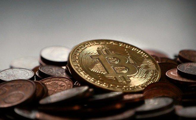 Массовый сбой набиржах обрушил биткоин на20%