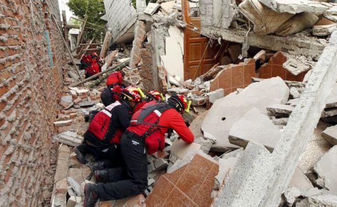 ВЭквадоре спасли мужчину, спустя 13 дней после землетрясения