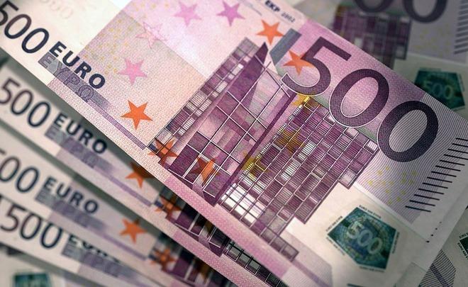 Итальянский политик нашел встоле тайник с €25 тыс