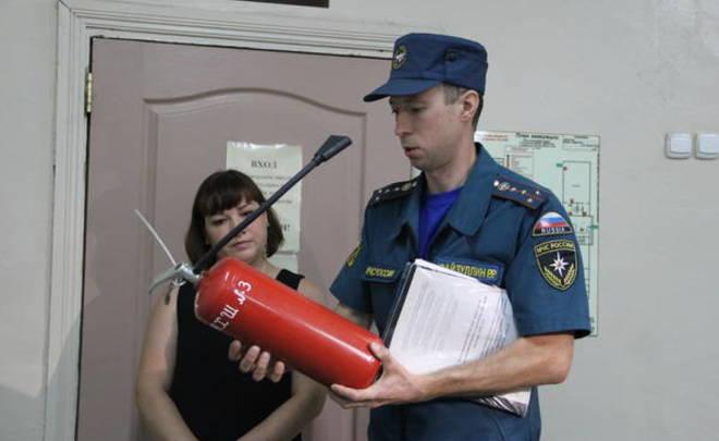 В11 школах Казани обнаружили нарушения пожарной безопасности