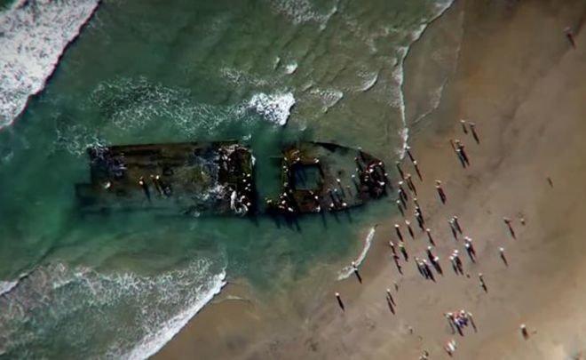 Пропавшую «Любовь Орлову» вынесло на берег вКалифорнии