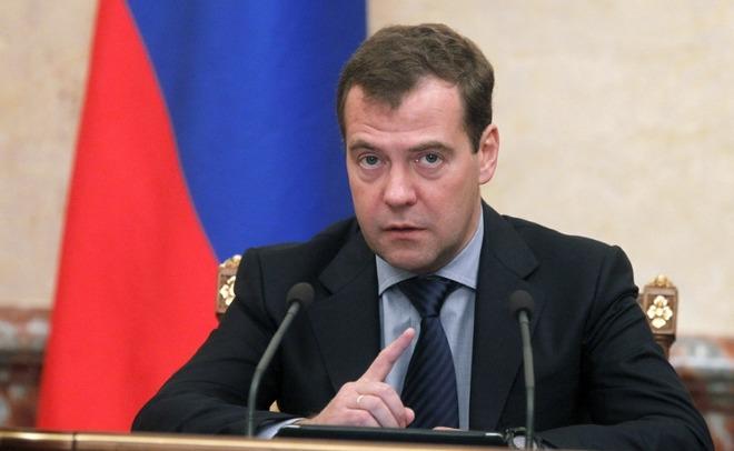 Медведев дал неделю чтобы подготовить возобновление чартеров в Турцию