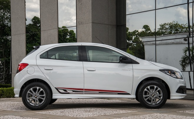 Chevrolet рассекретило спортивную версию хэтчбека Onix Effect